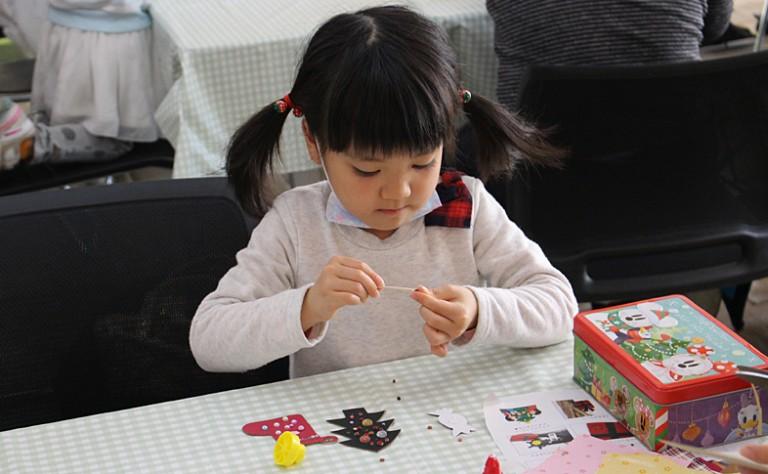 【鞄工房山本 奈良本店】「ランドセルの革でクリスマスのオーナメントづくり」を開催しました!