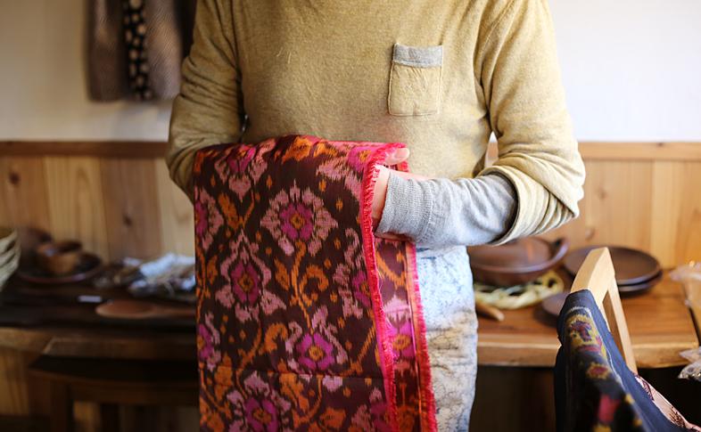 手織りの布