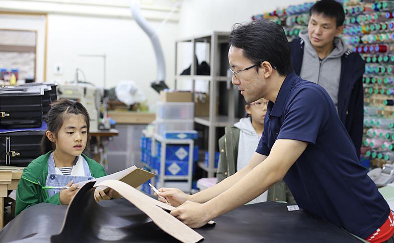 【鞄工房山本】奈良のランドセル工房を見学してみよう!